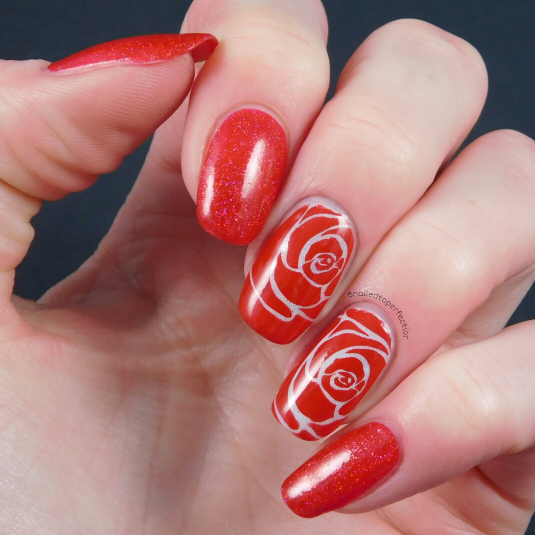 Red Nail Art: B Nailed To Perfection: 40 Great Nail Art Ideas
