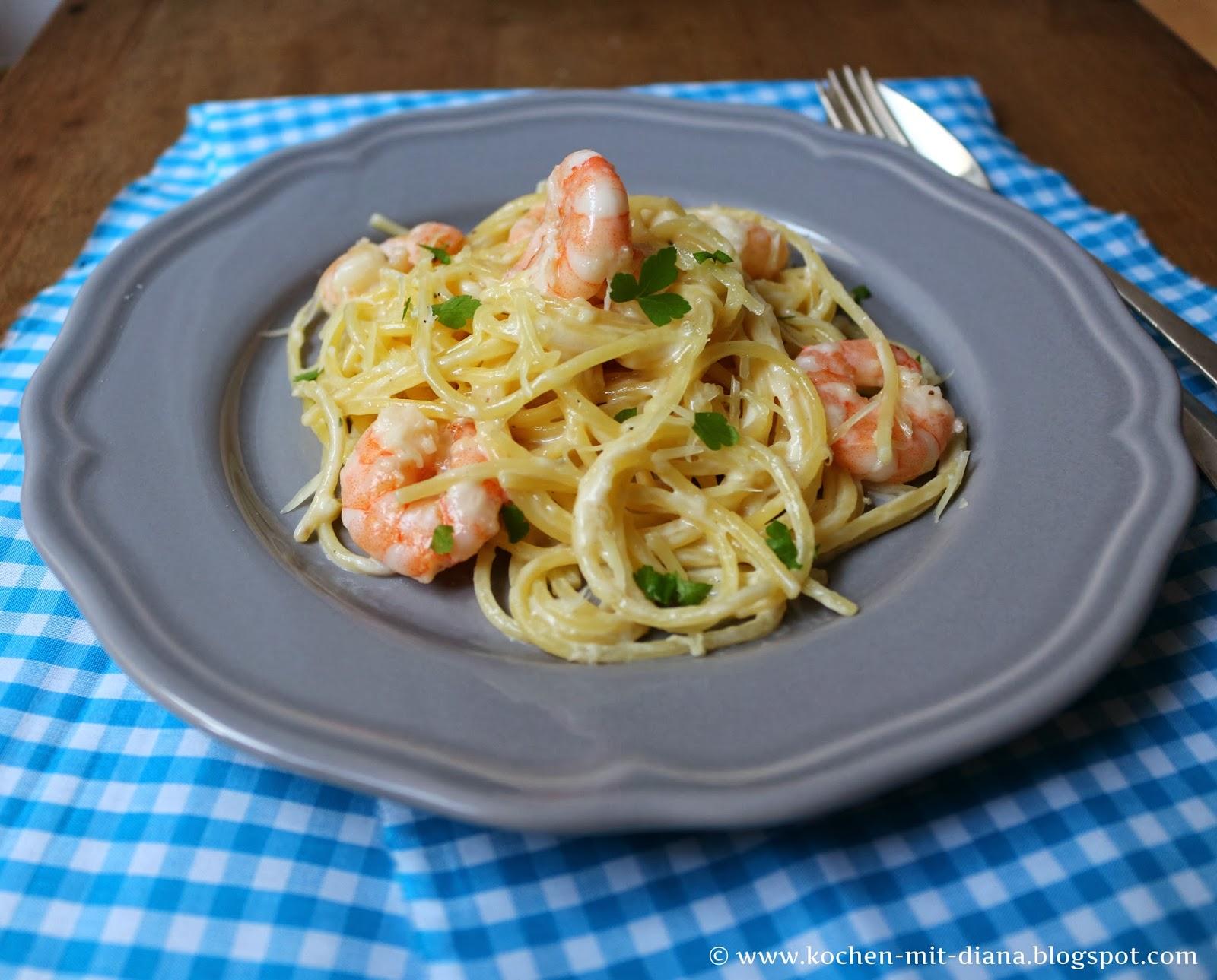 Spaghetti mit Garnelen und Alfredo-Soße