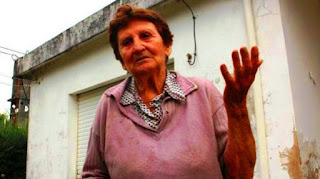 Un hombre de 38 años fue detenido en las últimas horas acusado de asesinar a golpes a una anciana durante un robo en su casa en Berisso. Se supo que el detenido conocía a la mujer ya que había sido pareja de su hijastra.
