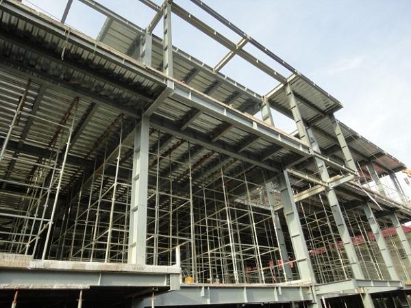 Xây dựng nhà hàng bằng kết cấu thép mang đến nhiều ưu điểm