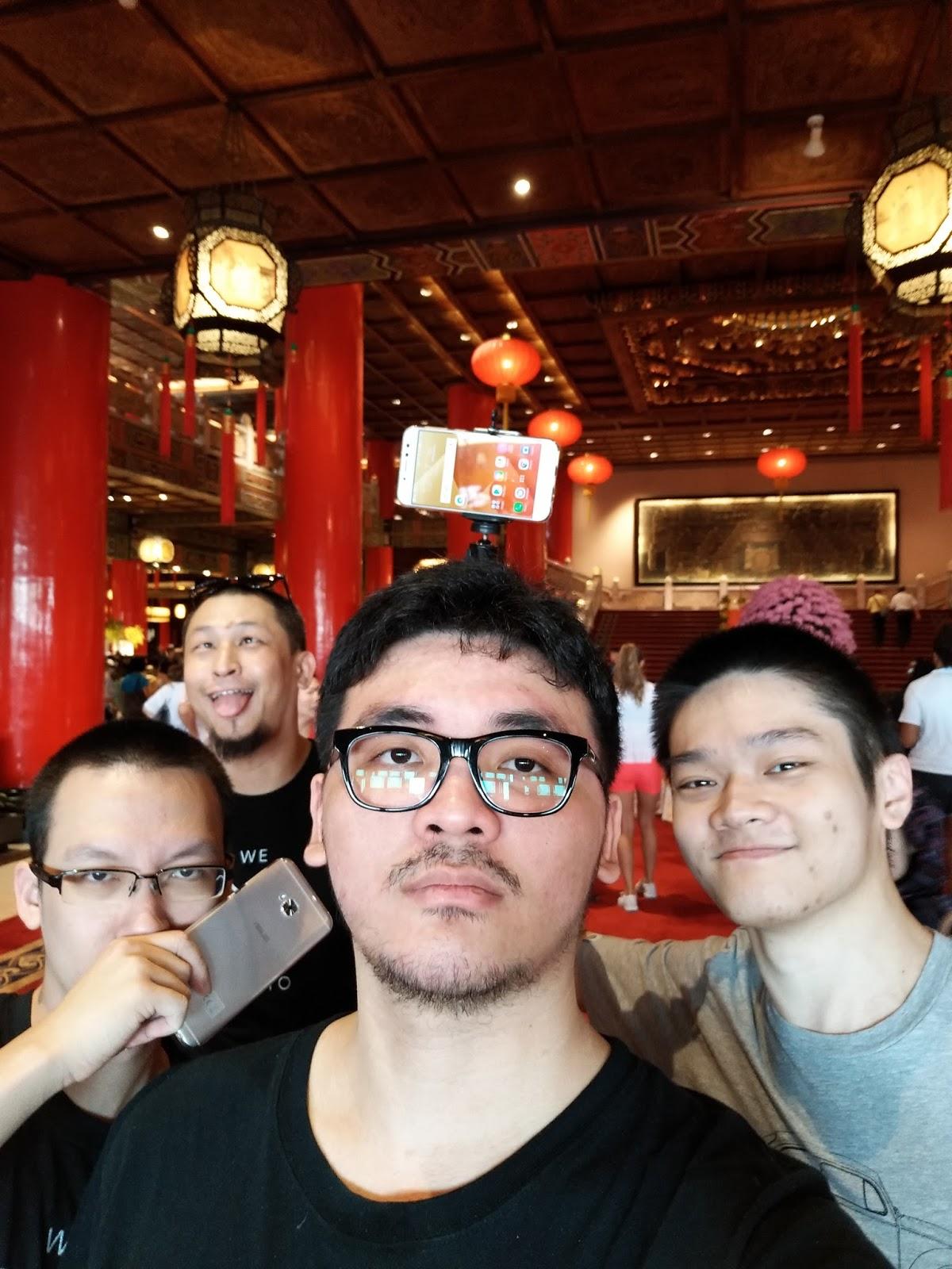 ASUS ZenFone 4 Selfie Pro Review 18