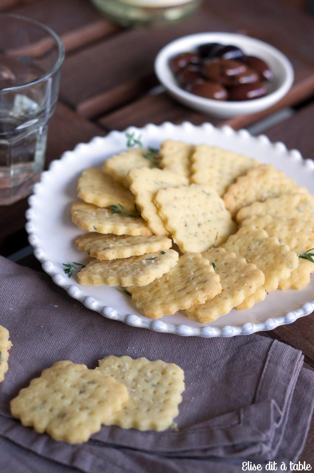 recette crackers au parmesan et thym