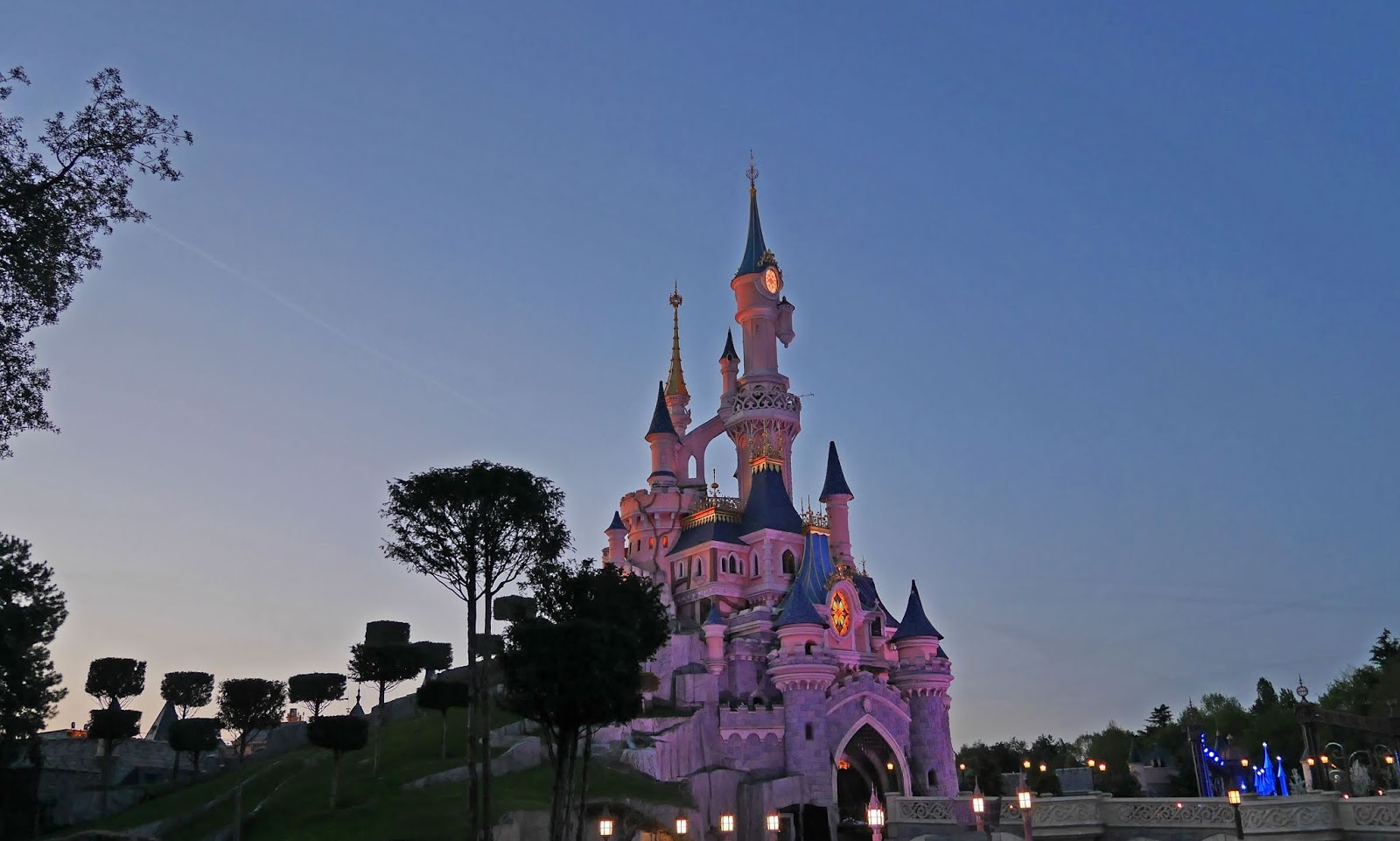 Disneyland Paris Castle at night