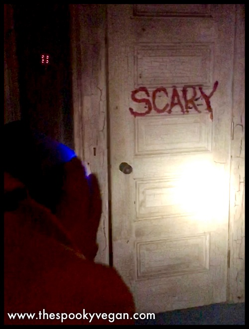What\u0027s behind the \ Scary\  door? & The Spooky Vegan: The IT Experience: Neibolt House in Hollywood
