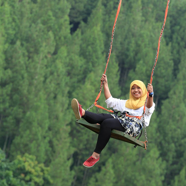 Mountain Swing The Lodge Maribaya, Wisata bandung