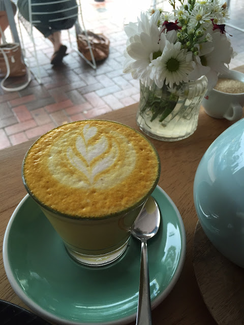 Trei, Glen Waverley, Golden latte