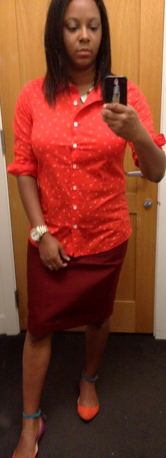 587c4629 Ahh, more anchors, this time in a button down shirt and horseshoes! This  shirt is a pretty red color and it is a real red and not an orange-red, ...