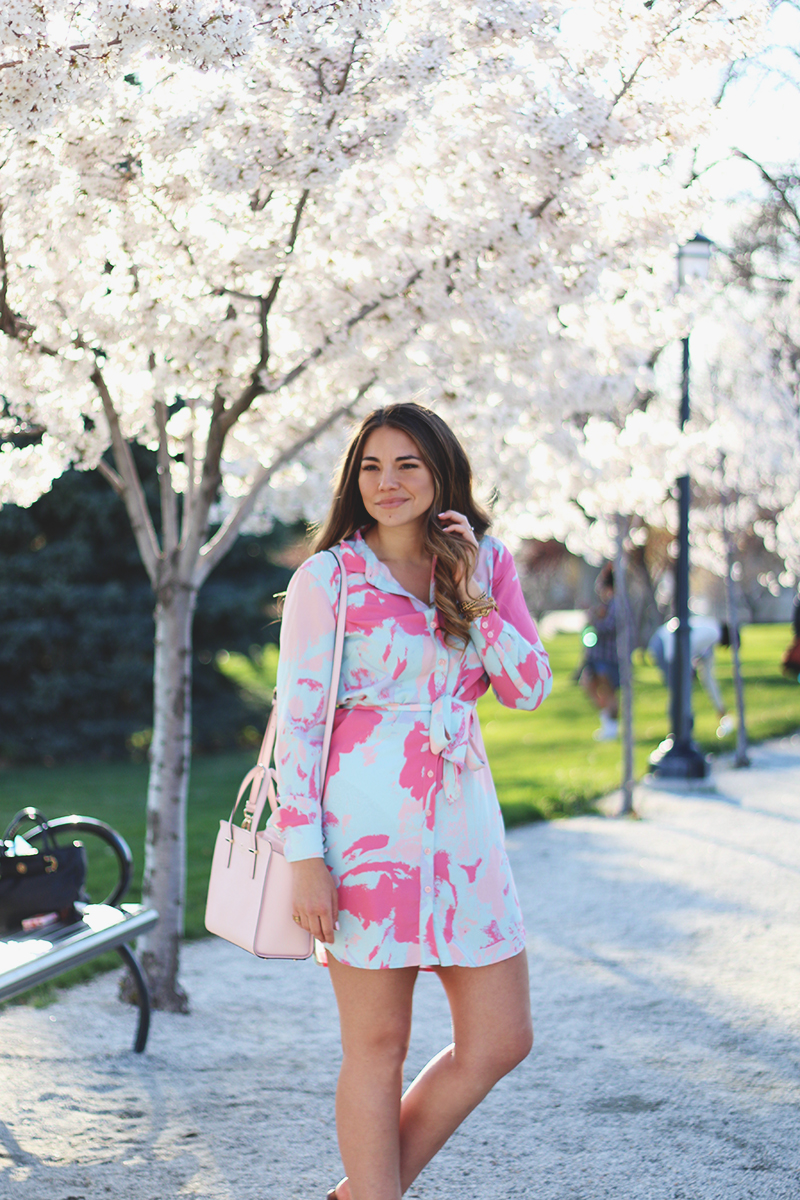 colors to wear in the spring