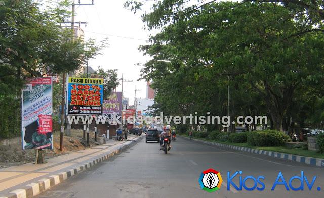 Jasa Pasang Vertikal banner Malang Suhat Malang