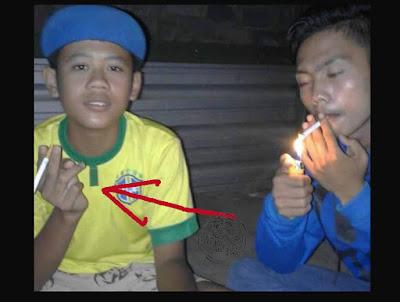 FOTO : Bocah berbaju kuning inilah yang melapor ke orang tuannya