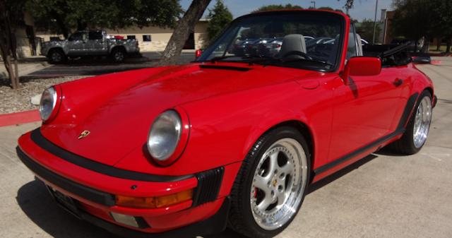 Foto Mobil keren Porsche 911 Carrera 2 1989