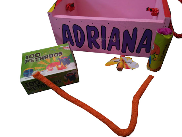Caja para transportar petardos personalizada y pintada a mano