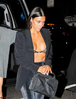 Kim-Kardashian-Cleavage-312+%7E+SexyCelebs.in+Exclusive+Celebrities+Galleries+032.jpg
