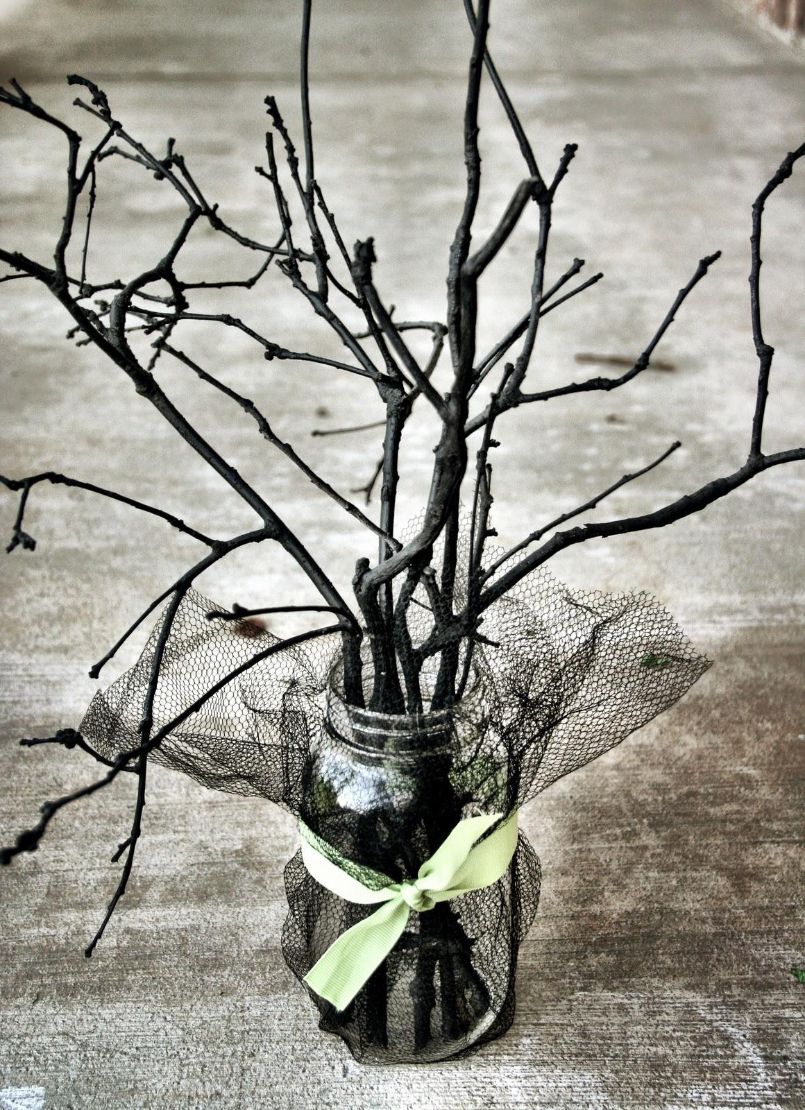 Halloween Spooky Sticks Centerpiece