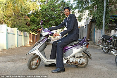 Meet India's tallest teenager who is only 14 years (see photos)