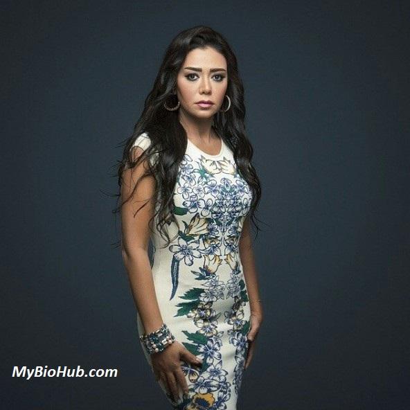 Rania Youssef Nude Photos 24