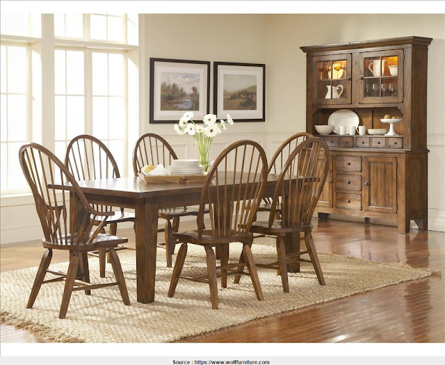Nice Broyhill Dining Table Collection