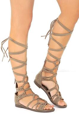 Sandalias romanas para verano