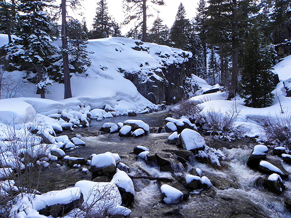 Eagle Creek in the Snow from Upper Bridge
