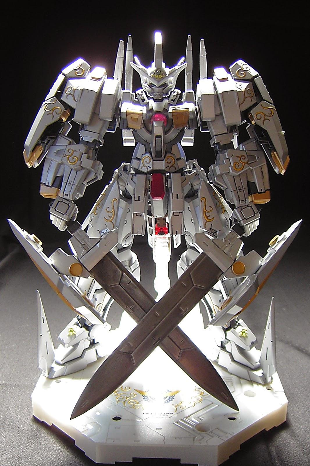 Custom build 1 100 knight gundam avalanche exia gundam for Designer builders