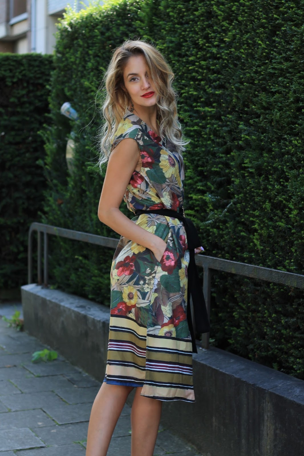 Slide From Brussels With Love Jolie Clothing Joie Midi Dress Nude M What I Wore Zaful