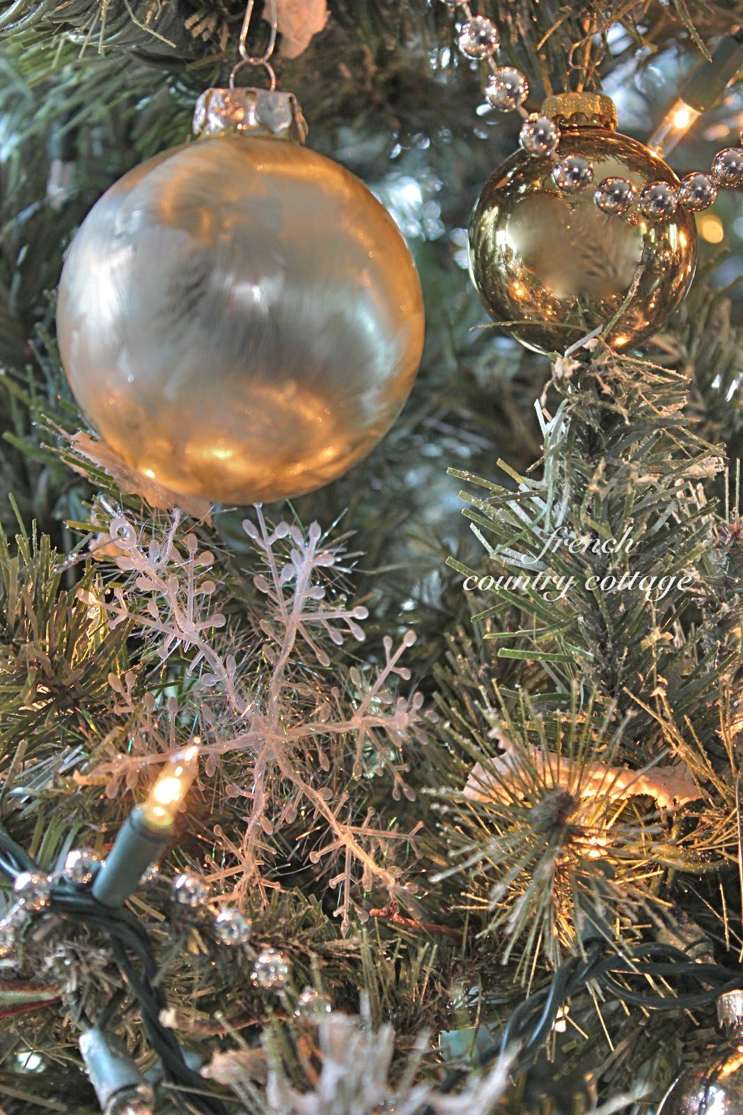Beaded Garland For Christmas Tree