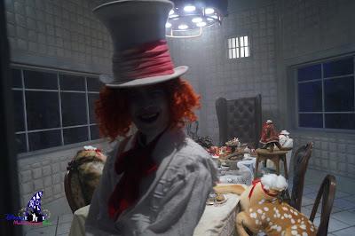 Alice in Wonderland, The Nightmare Experiment, Hong Kong Disneyland, 2016 Halloween, 香港迪士尼樂園, Halloween Time, 反轉迪士尼, 詭夢實驗室, 大街詭異酒店, Main Street Haunted Hotel
