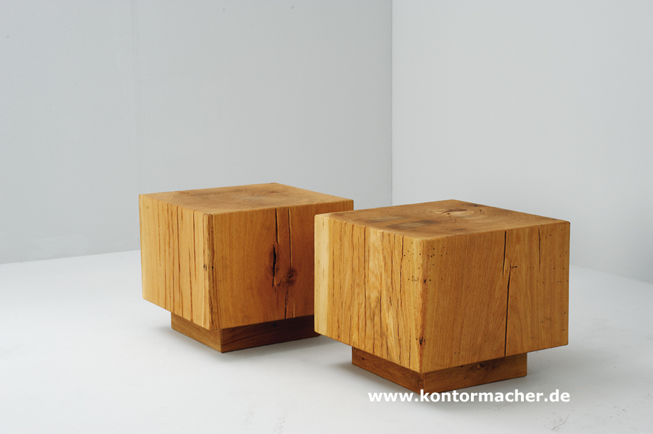 holzklotz als beistelltisch energiemakeovernop. Black Bedroom Furniture Sets. Home Design Ideas