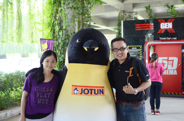 A quick shot with this Jotun penguin at the event