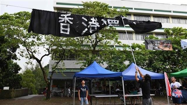 Hong Kong activists renew call for independence
