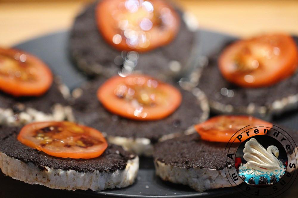 Croquants à la tapenade d'olives noires