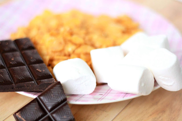 Cornflakes, Schokolade und Marshmallows