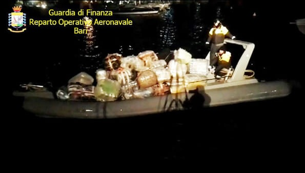 The speedboat filled up with cannabis and guns caught by Italian Police