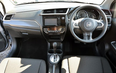 Interior Kabin Baris Pertama Honda BR-V