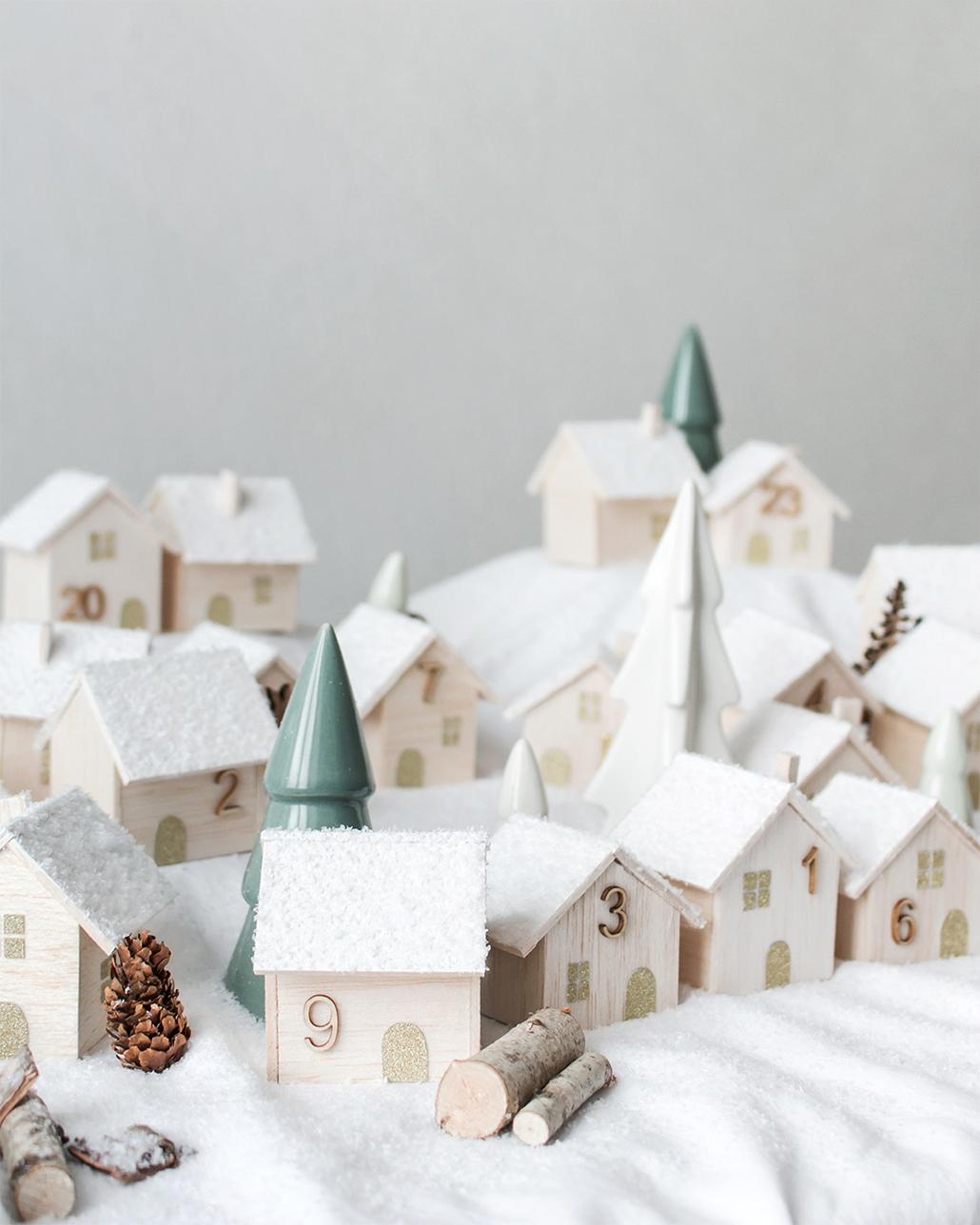 leanna earle: [diy] calendrier de l'avent village en bois !