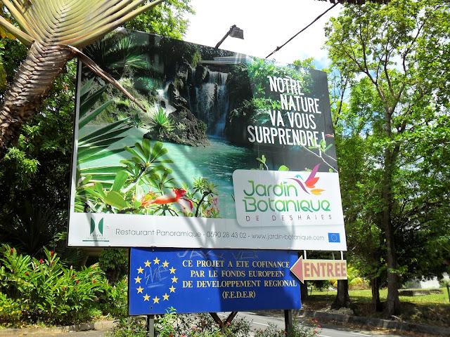 Affiche à l'entrée du Jardin Botanique de Deshaies en Guadeloupe