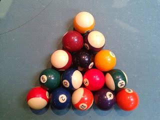 Billardkugeln aufstellen 8-Ball