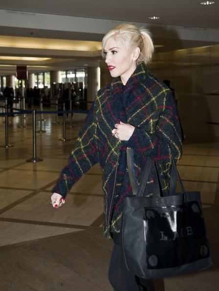 b801c0ac0c Gwen Stefani with a