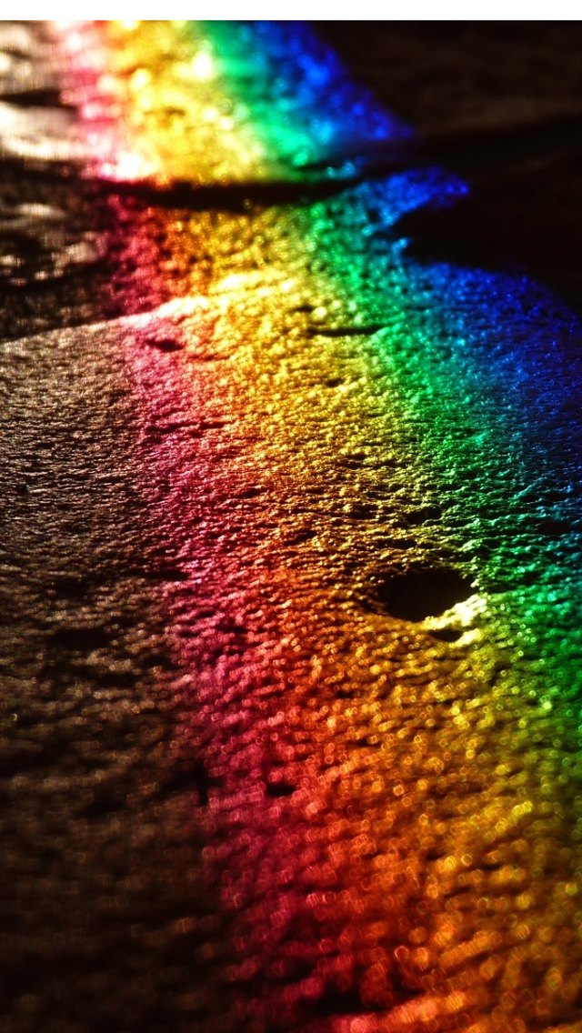 Wallpapershdview Com Hd Wallpapers Rainbow Colors For Iphone 5s