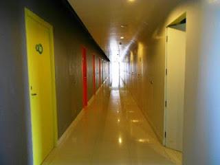 lorong hotel pop kuta bali