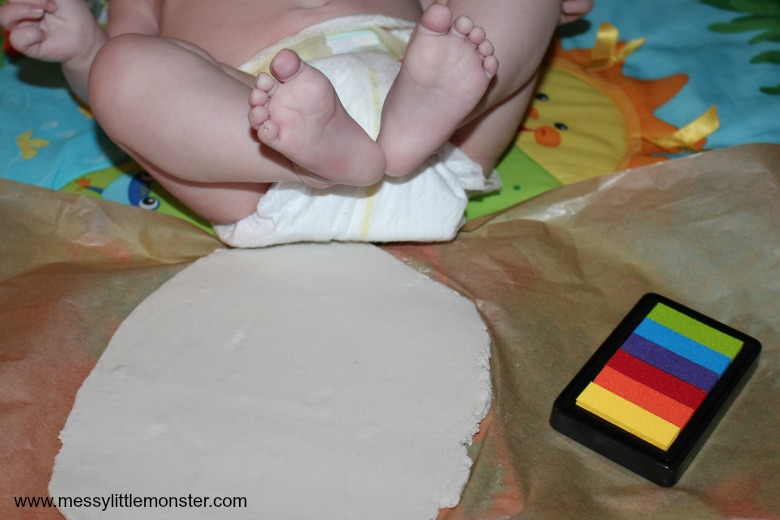 How to make a clay footprint ring dish. An easy baby footprint keepsake craft.