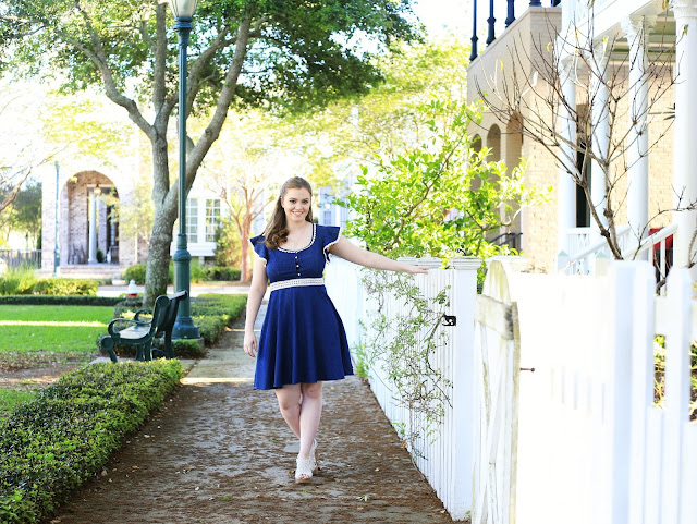 Ft Pickens_senior_portraits_Pensacola_downtown_Aragon_Court