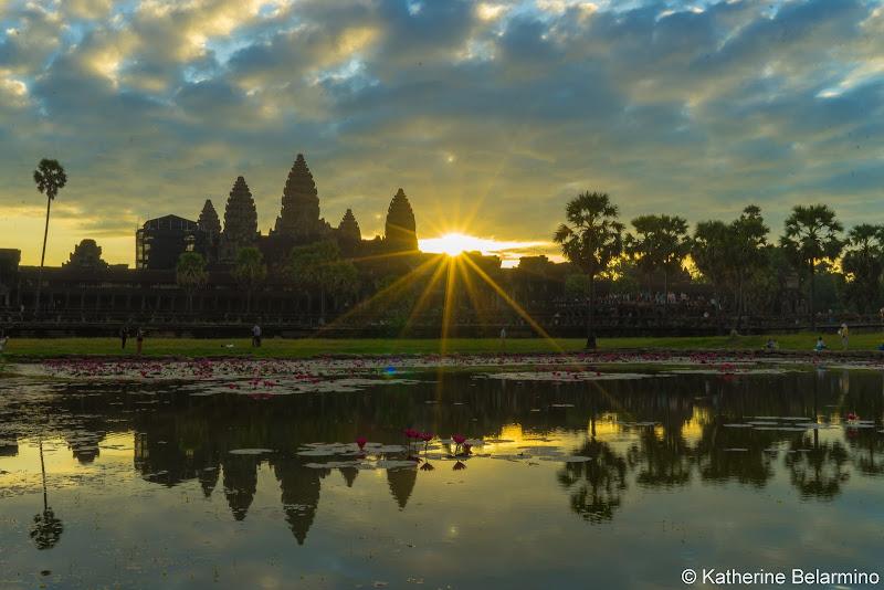 Starburst Angkor Wat Sunrise Tips Siem Reap Cambodia