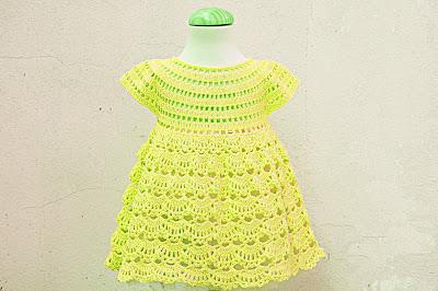 8 - Crochet IMAGEN Vestido rosa de abanicos a ganchillo Majovel Crochet
