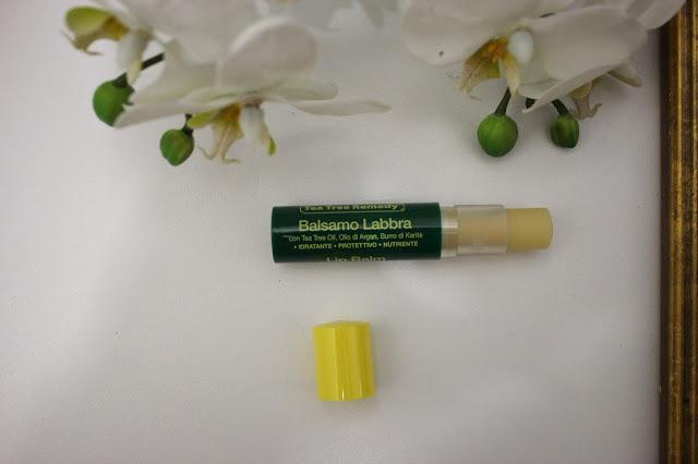 balsamo labbra tea tree oil