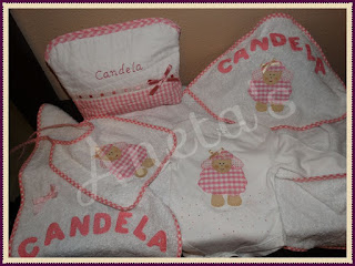 http://anetascamisetas.blogspot.com.es/2017/03/canastilla-artesanal-personalizada-con.html