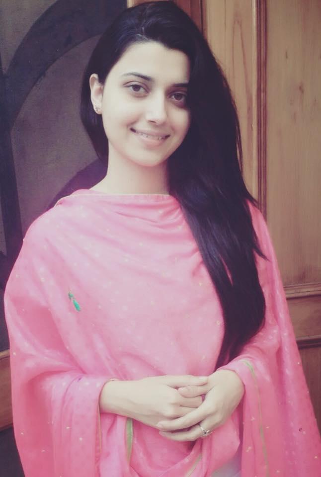 Punjabi Girls Wallpapers Nimrat Khaira Beautiful Hd -6703
