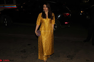 Sonam Kapoor Soha Ali Khan Konkona Sharma at Raw Mango store launch March 2017 031.JPG