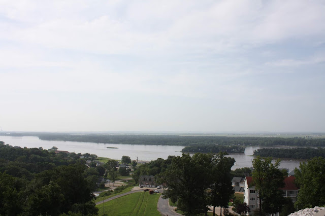 Spectacular view of the Mississippi River from atop the bluff at Aerie's in Grafton, Illinois