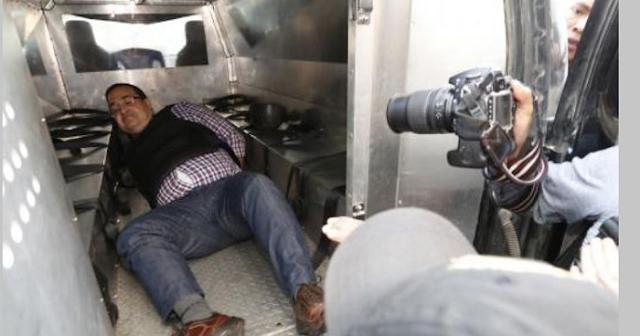"""Javier Duarte es humillado por la policía de Guatemala, """"no saben quién soy les dijo…"""